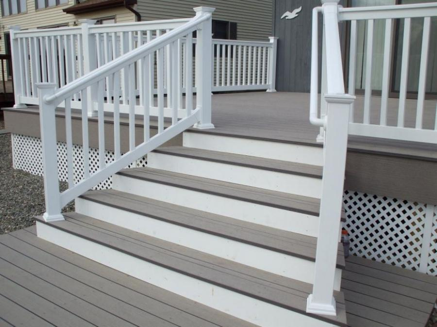 Elegant Balcony Deck Design Ideas With White Wood Fence Railing...