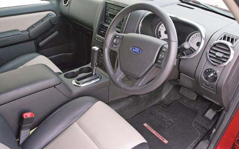 2007 ford explorer interior photos - Ford explorer sport trac interior ...