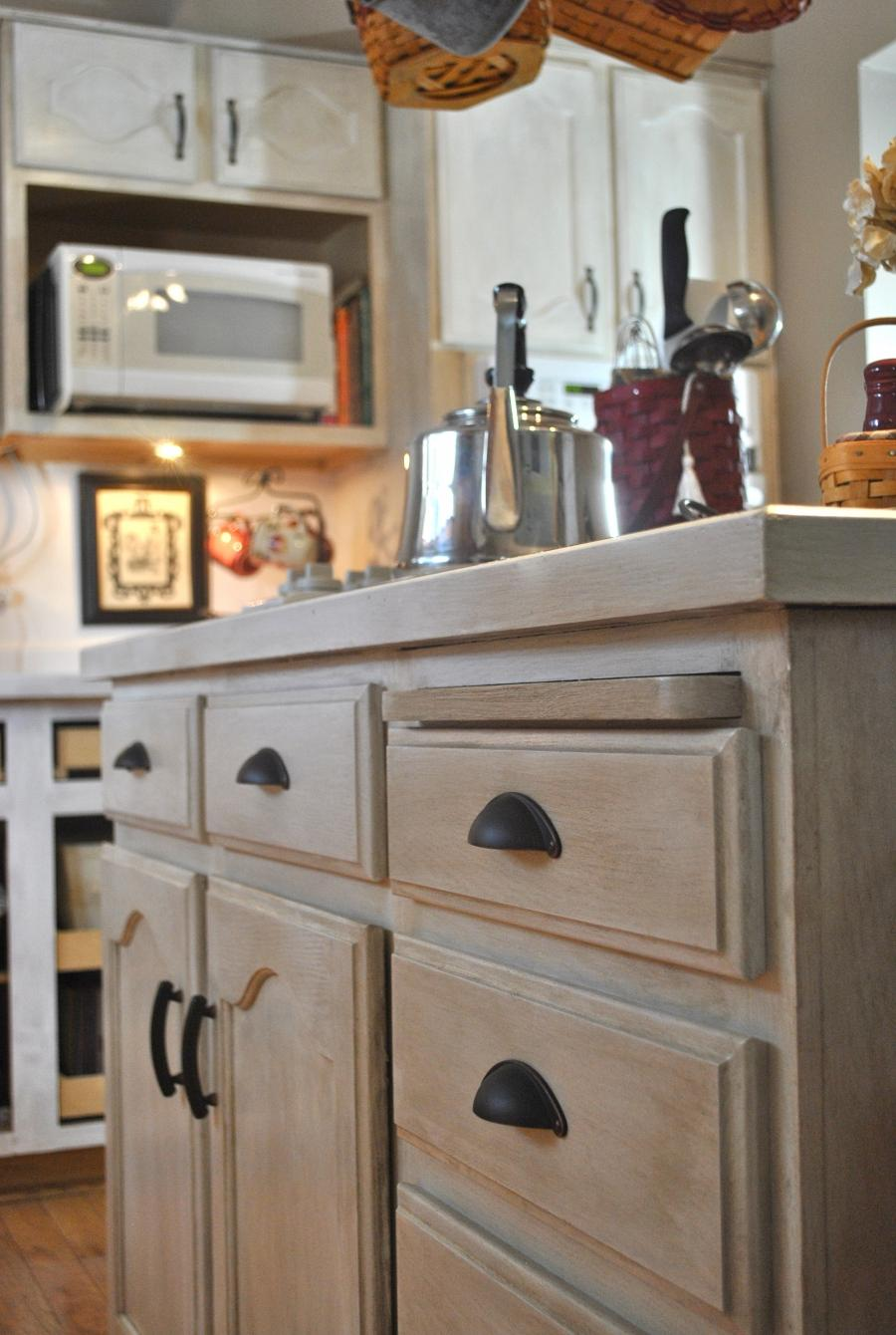 Photos of whitewashed kitchen cabinets - Whitewashed oak cabinets ...