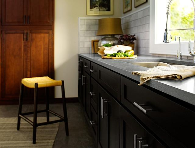 Black Kitchen Cabinets | Dayton Door Style | CliqStudios...