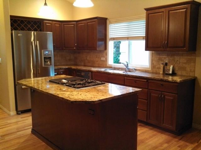 Photos of refaced cabinets for Albuquerque kitchen cabinets