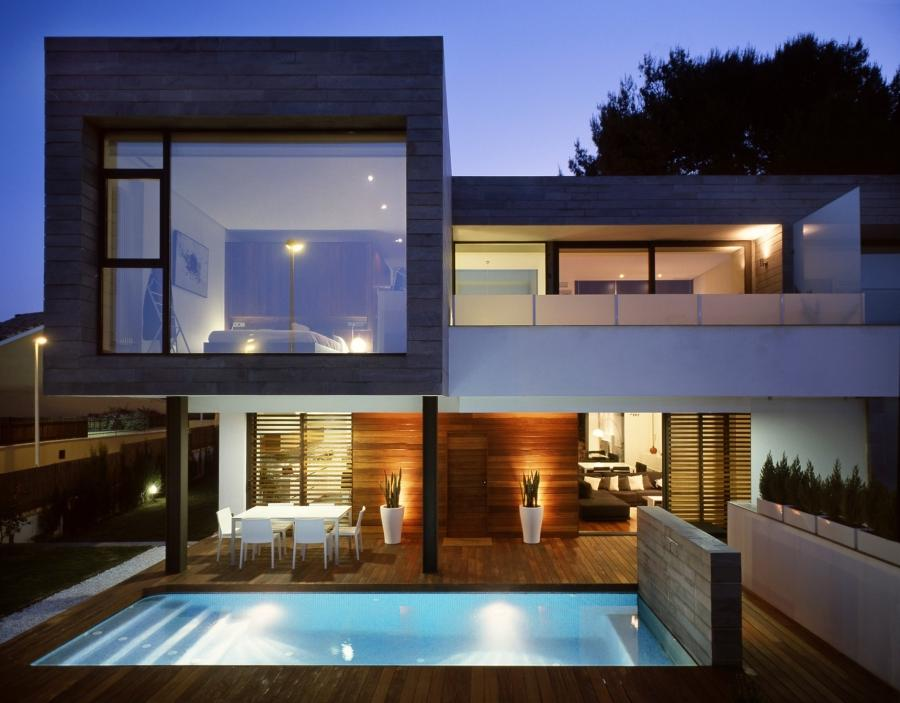 This project, consisting of six semi-detached houses and an...