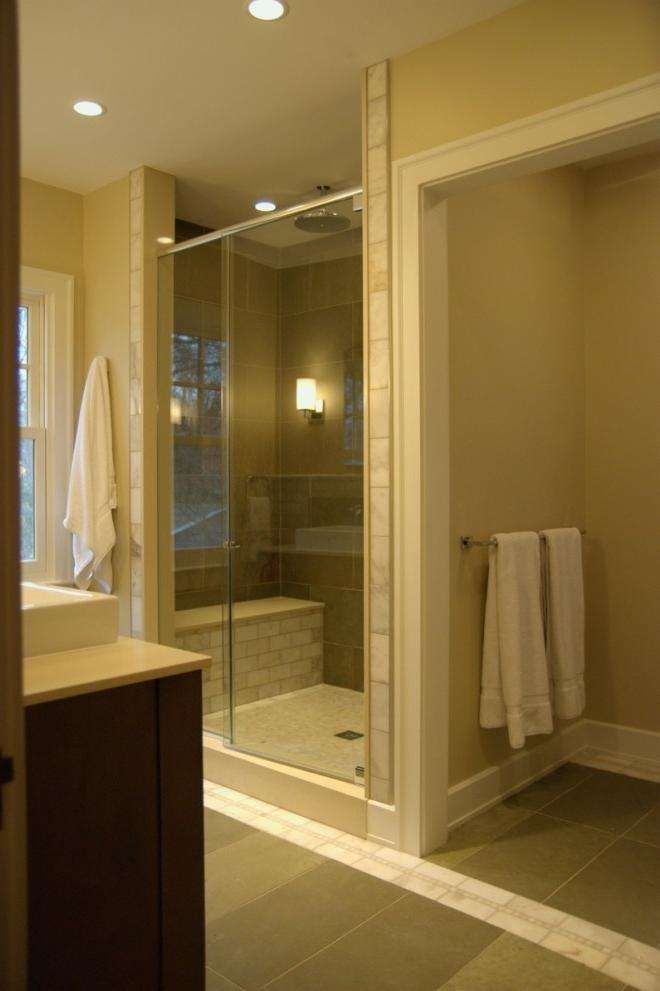 Bathroom design master photo remodeling for Bathroom remodel indianapolis