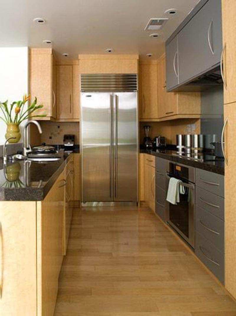 Small galley kitchen design photo gallery for Efficient small kitchen design