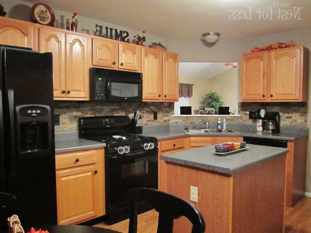 Photos of kitchens with oak cabinets for Kitchen cabinets 4 less