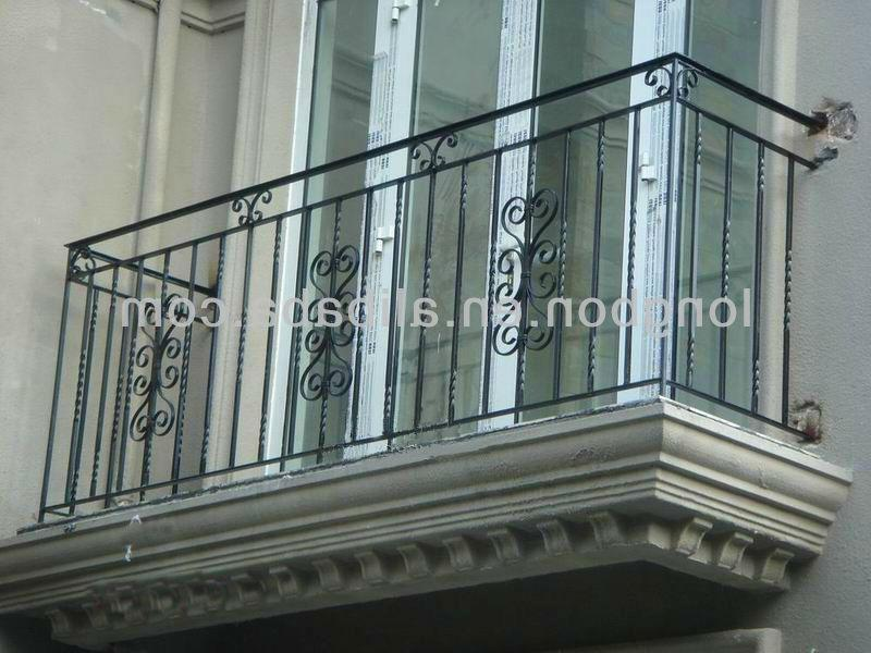 Balcony grill design photos india for Balcony full grill design