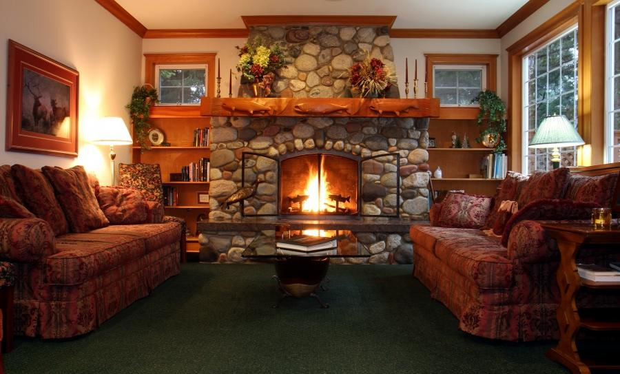 ... Cozy Living Room With Fireplace Lgpuoyp ...