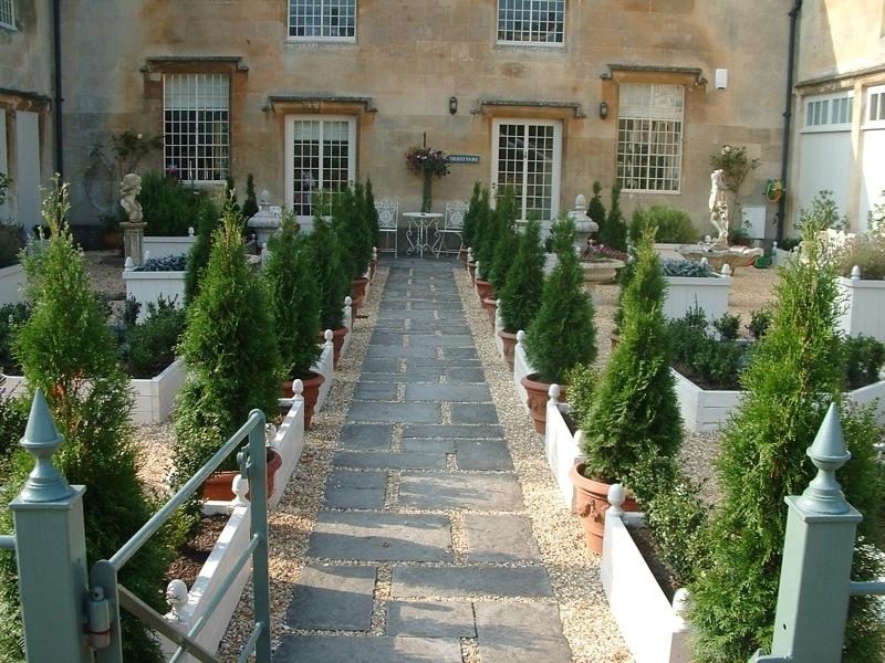 Long Path Garden Landscaping Ideas With Best Design French...