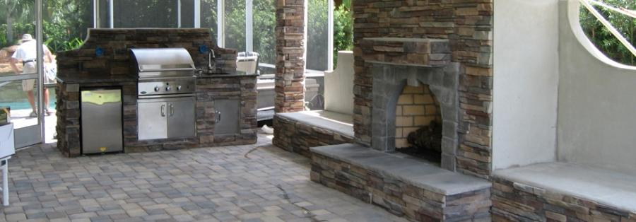 Outdoor kitchens and fireplaces photos Outdoor kitchen cost estimator