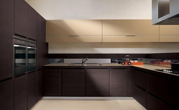 Italian Kitchen Design with Color as Trademark