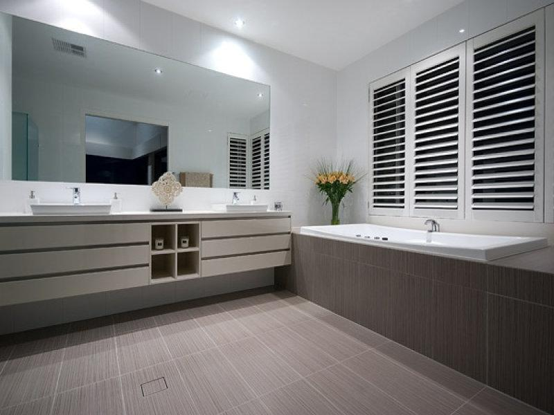 Modern bathroom design with corner bath using ceramic - Bathroom...