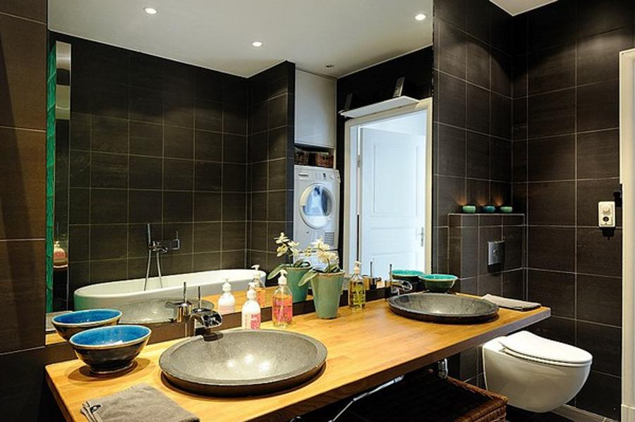 Beautiful Black Bathroom