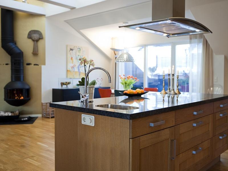 Canadian Design Kitchen Photo