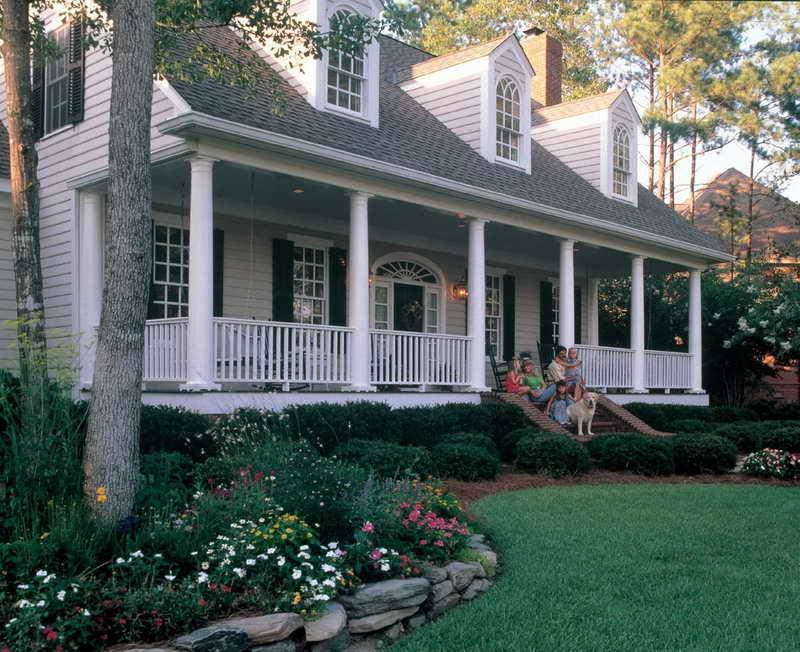 Low country house plans with photos for Southern country home plans