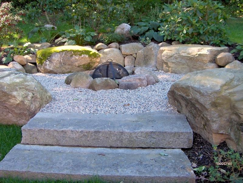 build outdoor stone fire pit 3