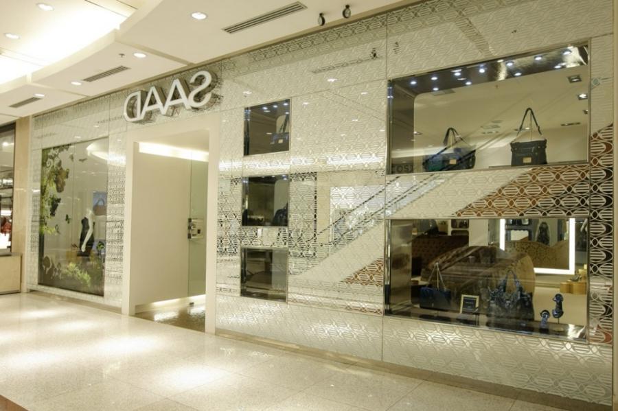 Clothing boutique interior design photos