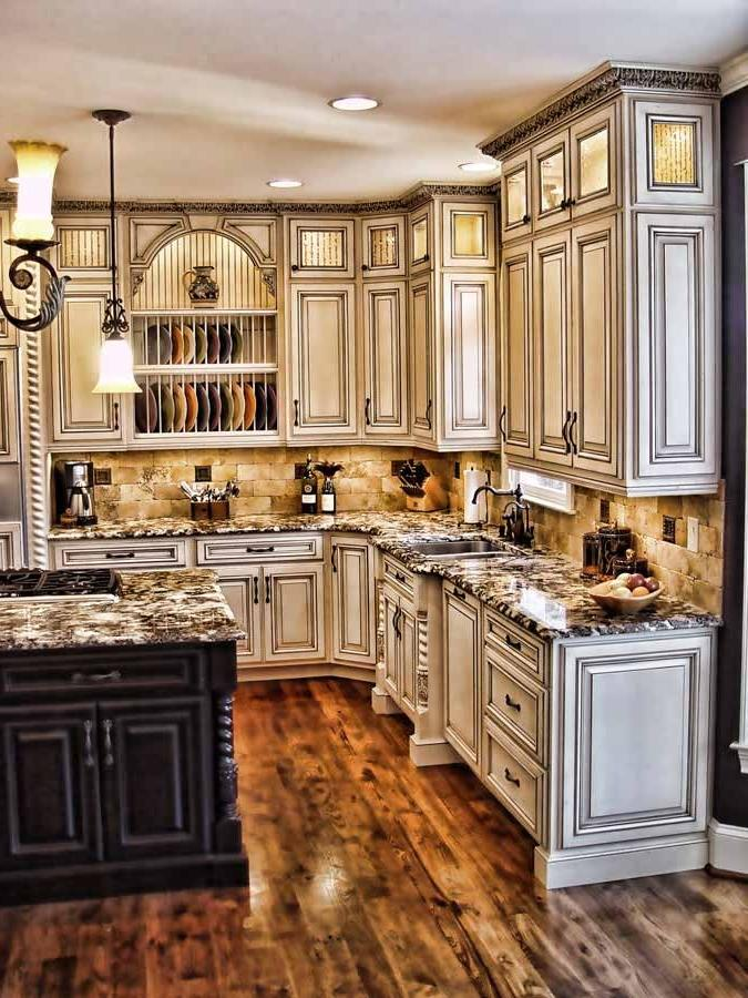 Antique kitchen photos - Armoire de cuisine rustique ...