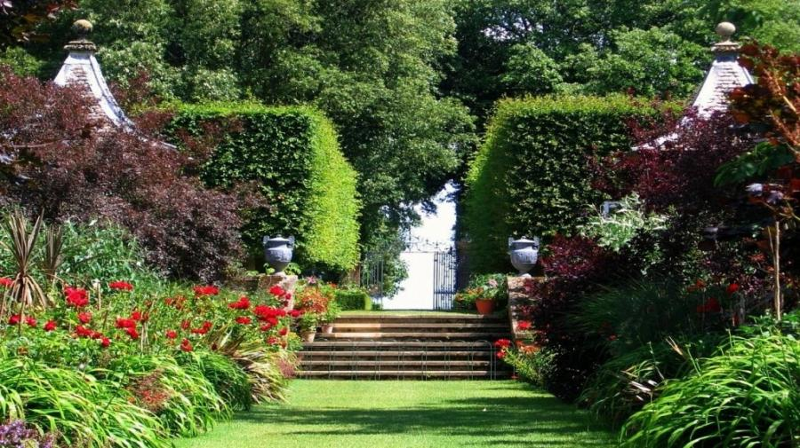 european garden design photos