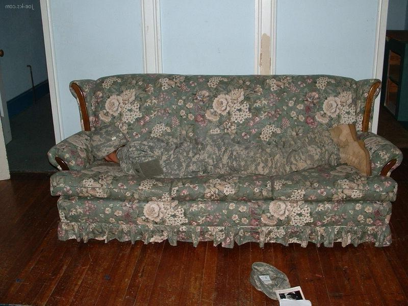 Acu Couch Pictures To Pin On Pinterest Pinsdaddy