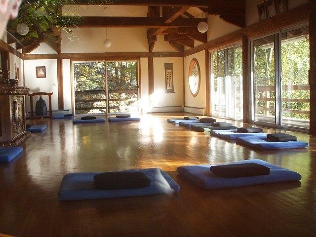 Zen Classroom Design : Setting up a meditation room photos