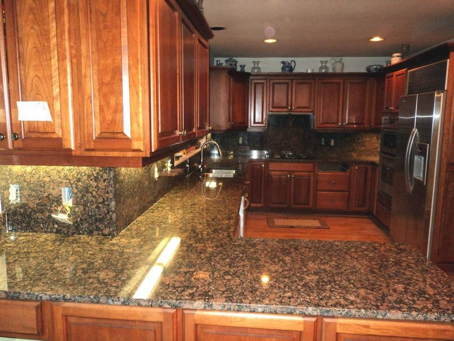 Baltic Brown Granite In Kitchen Photo