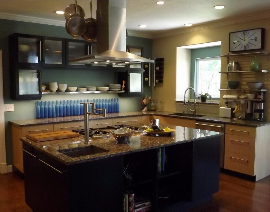Delightful Free Standing Kitchen Black Cabinets Over White Source