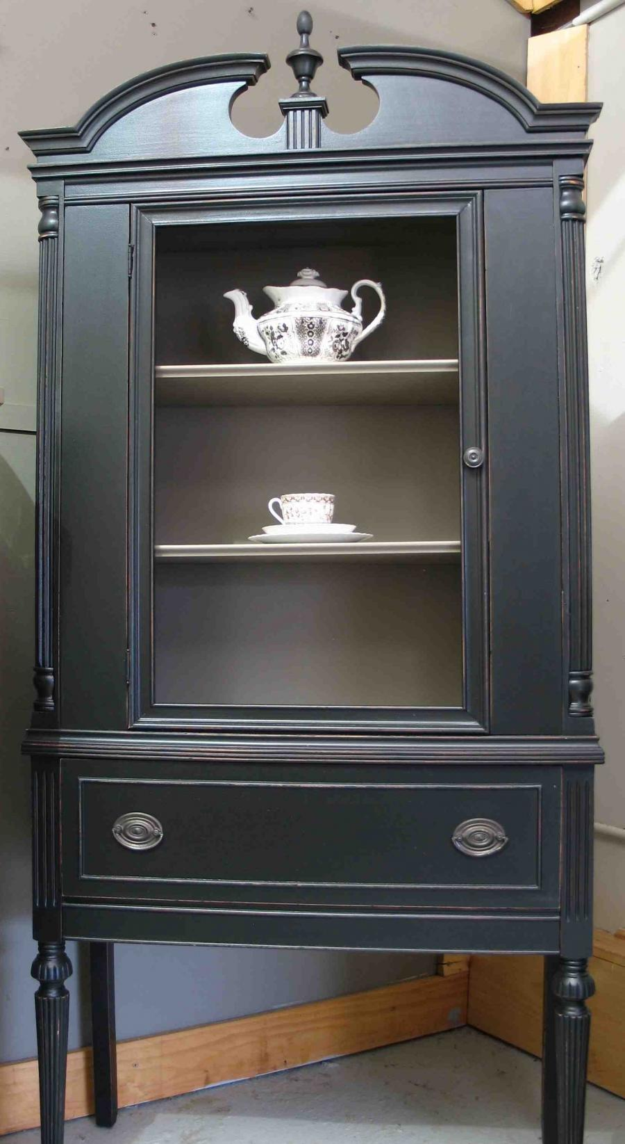 Dating cabinet photos-in-Outram