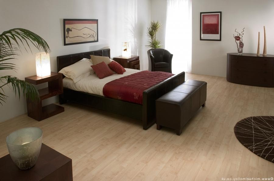 Roomset photography of leather bedroom furniture ...