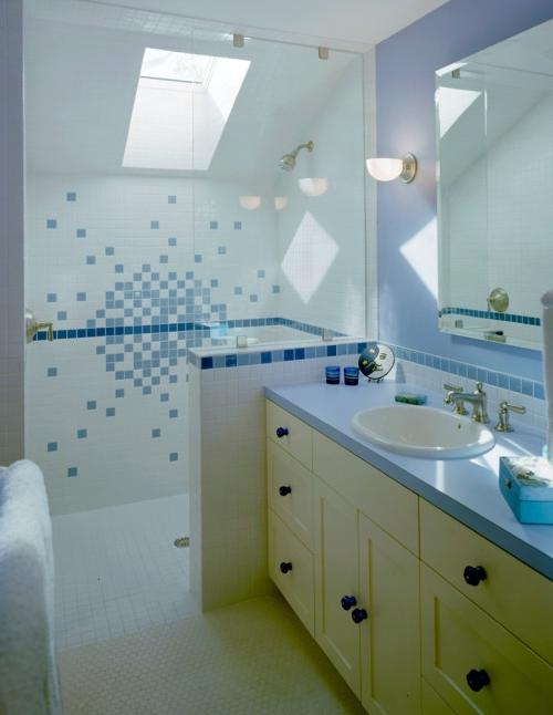 Sharp Attic Bathroom Design with Cozy Lighting