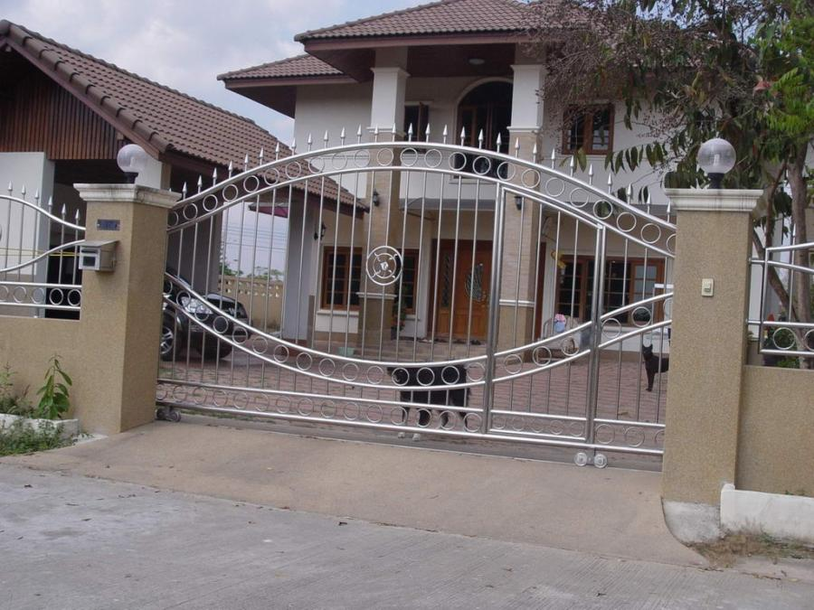 Try to look at this new design of steel main gate for modern...