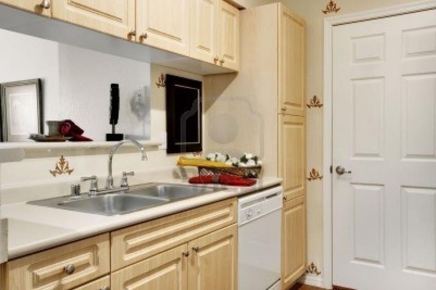 ... Small Apartment Kitchen Design Ideas With Kitchen Decorating...