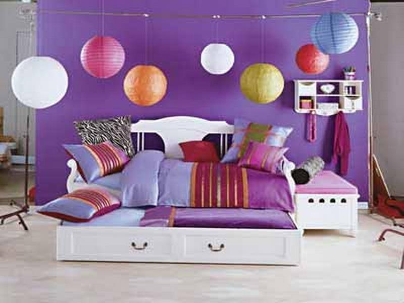 Ways to decorate your room with photos - Things to decorate your room ...