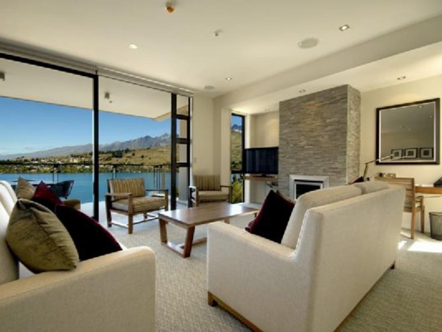 Great Views Of Wakatipu Lake In Luxury Apartment Ideas...