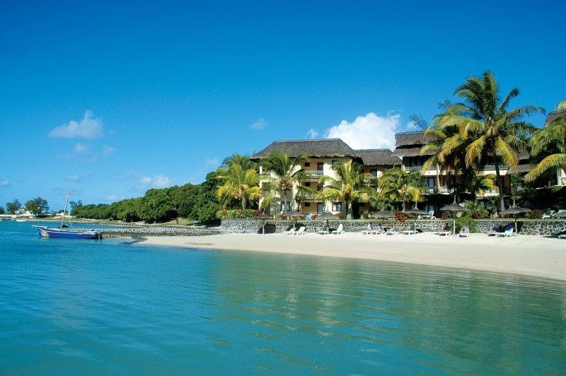 veranda-paul-virginie-mauritius-water-beach