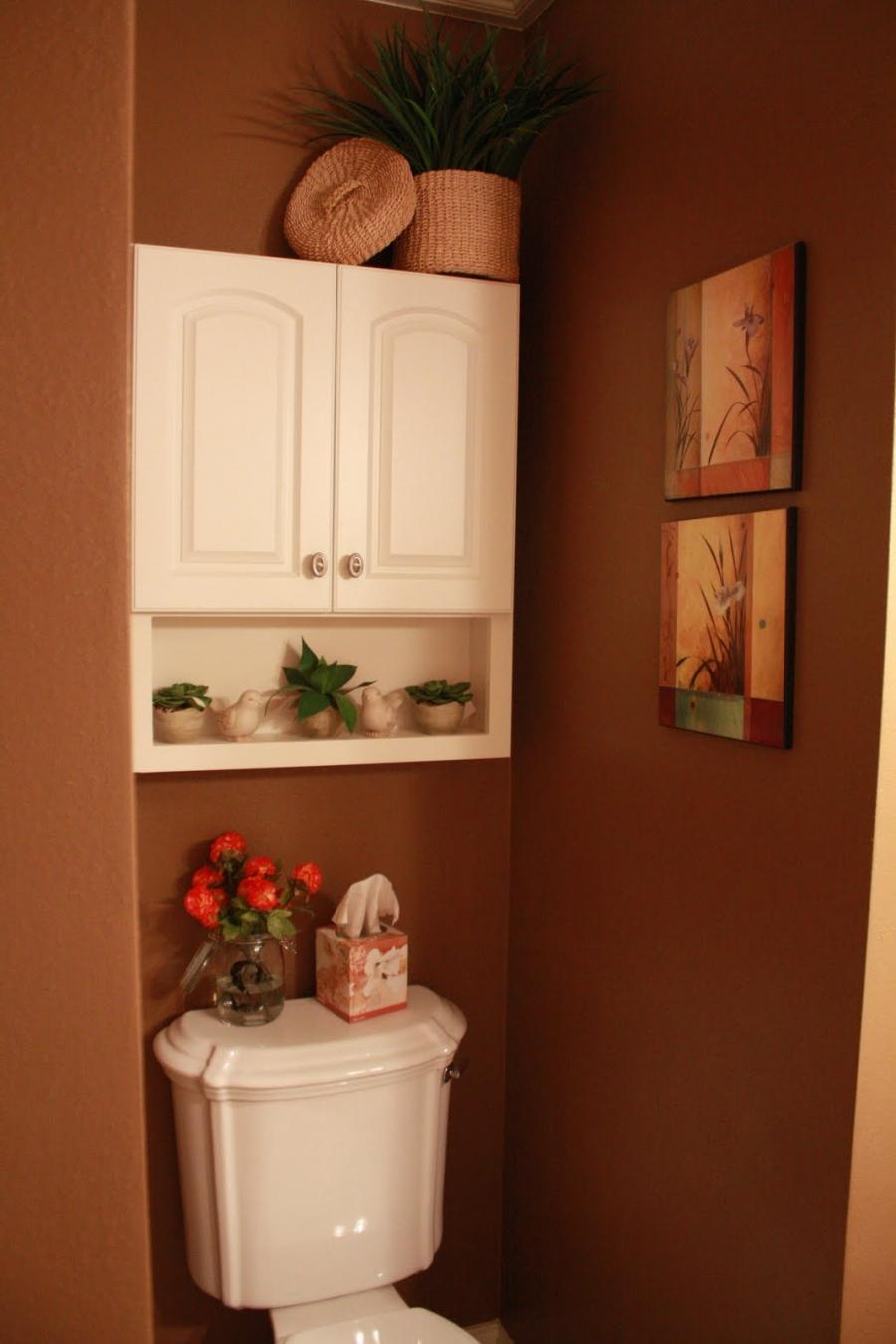 Half bathroom decorating ideas photos for Bathroom decorating ideas pinterest