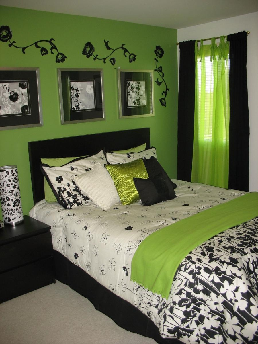 Green bedroom decor photos for Black and green bedroom designs