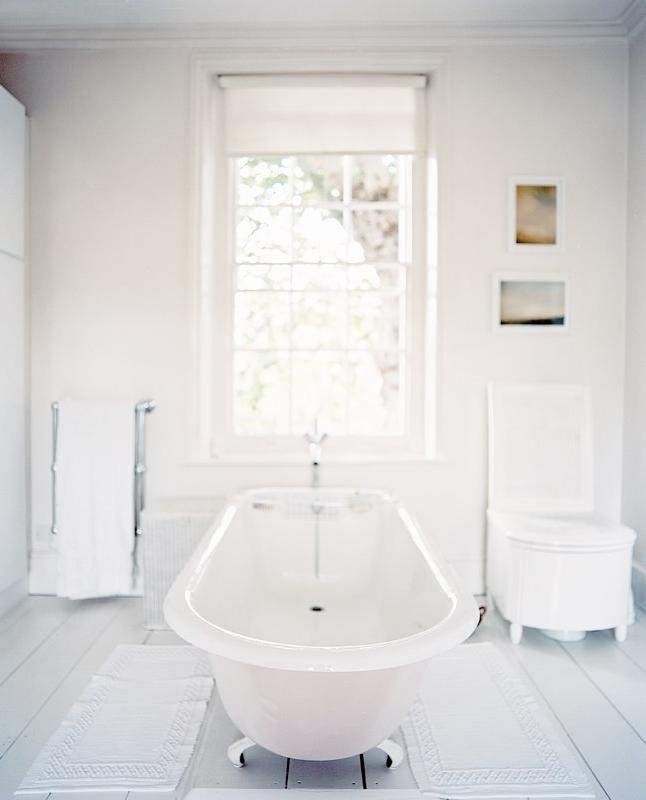 Photos of all white bathrooms for Bathroom interior design charlotte nc