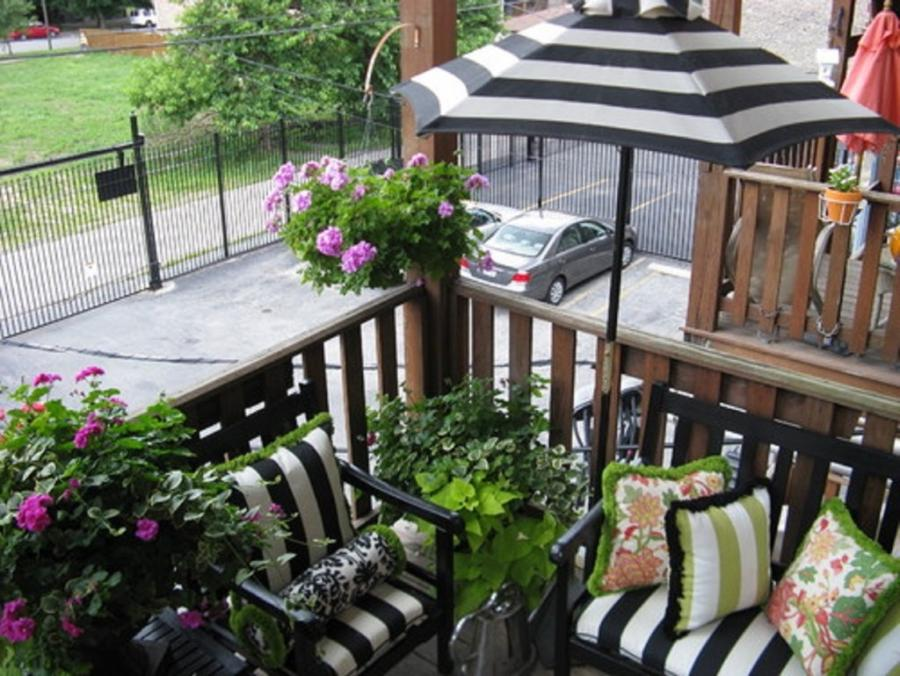Balcony Garden Furniture In Black And White 1024x770 Choose Right...