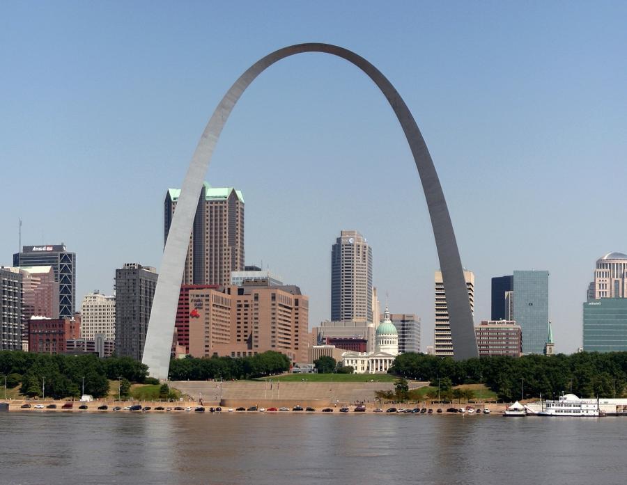 St. Louis Gateway Arch Photo