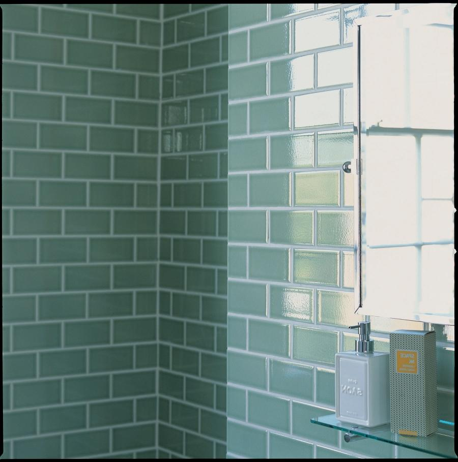 Bathroom Tiles with simple pattern