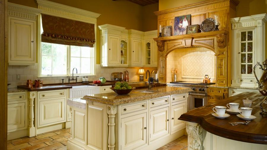 ... Clive Christian Luxury Kitchen Design in Baton Rouge, LA.
