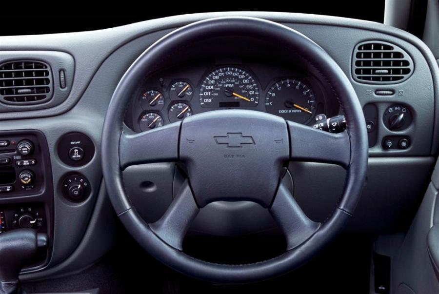 Customized Chevy Trailblazer >> 2004 chevy trailblazer interior photos