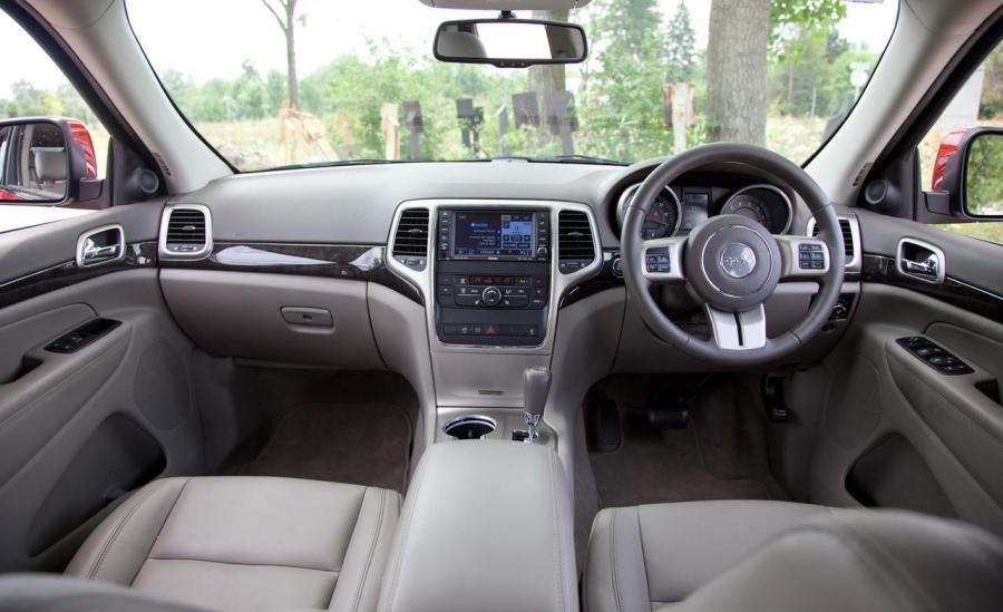 2010 Jeep Grand Cherokee Interior Photos