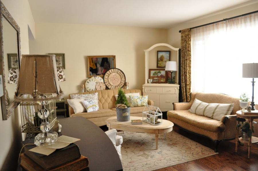 Classic Living Room With Two Sofas And Decorative Pillows