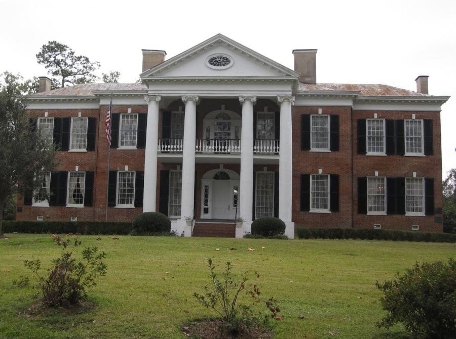 Photos of natchez mississippi plantation houses for Antebellum homes