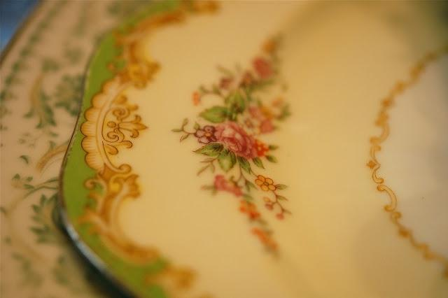 The dinner plates are part of a set that used to belong to my...