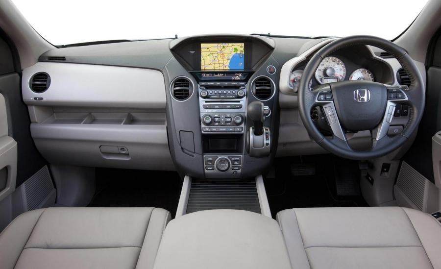 Honda Pilot Interior Photos