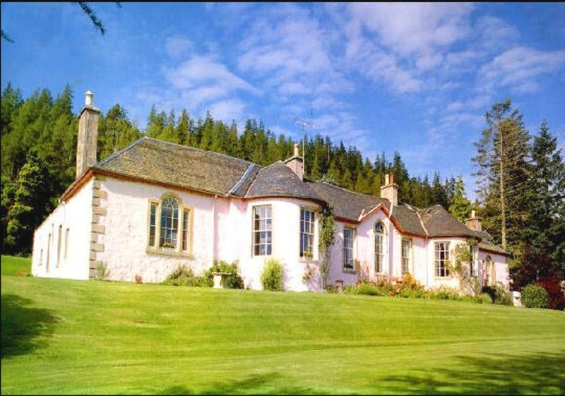 Boleskine House Photos