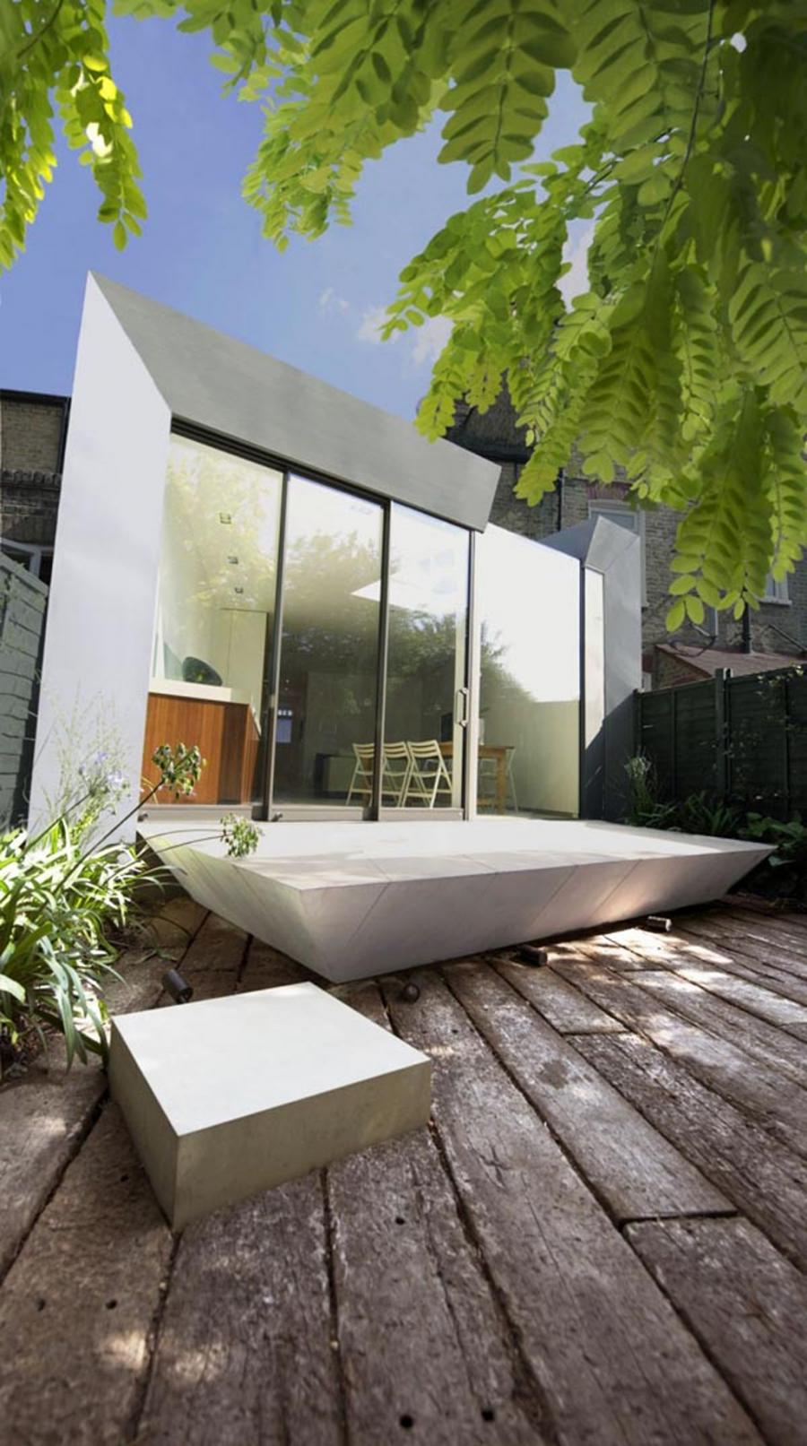 Photos of outdoor bathrooms for Outdoor bathroom decor