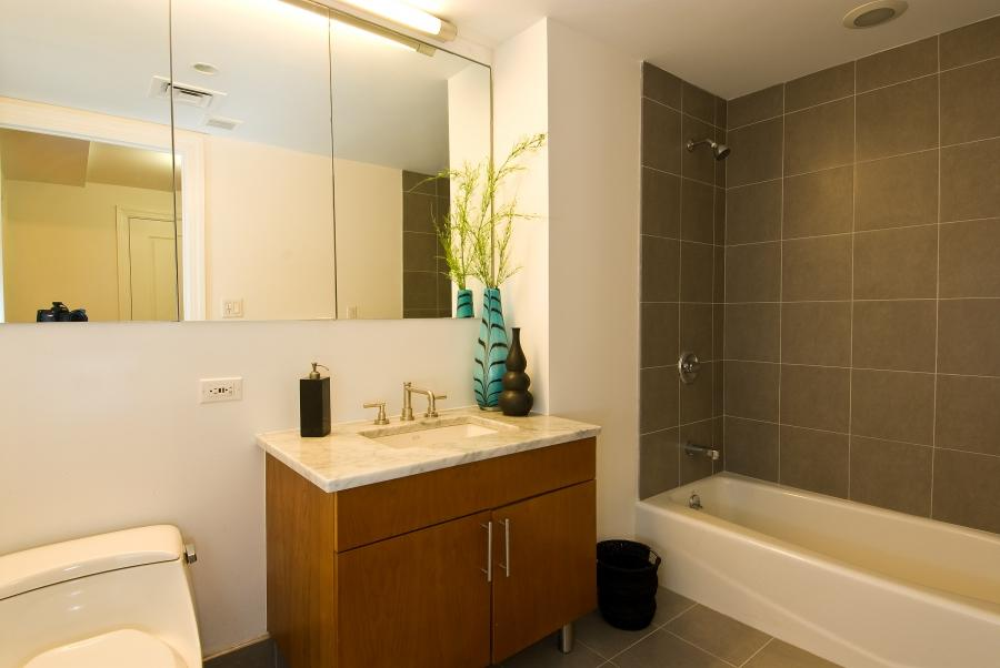 Bathroom cabinet redesign photos for Bathroom remodel under 10000